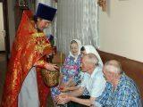 Настоятель Покровского храма с. Иловка посетил Иловский дом-интернат