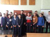 В Борках состоялась встреча школьников со священником