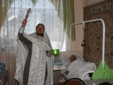 Священник Алексеевского благочиния посетил  дом-интернат для престарелых и инвалидов
