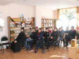 Встреча со студентами агротехнологического техникума п.Вейделевка в районной библиотеке ко Дню православной книги