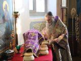Валуйский архиерей вместе с Главой Белгородской митрополии совершил Божественную литургию в Свято-Никольском храме г.Валуйки
