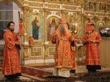 Пасхальное богослужение Валуйского Архипастыря