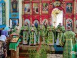 Соборное богослужение в Ровеньках в Духов день