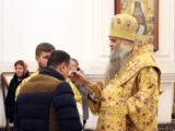 В канун празднования дня памяти святителя Николая Чудотворца Преосвященнейший епископ Савва совершил всенощное бдение в Свято-Николаевском кафедральном соборе г. Валуйки