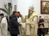 Преосвященнейший епископ Савва совершил всенощное бдение в канун праздника Сретения Господня в Свято-Николаевском кафедральном соборе г. Валуйки