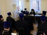 В здании епархиального управления Валуйской епархии состоялось собрание благочинных