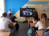 Беседа со священником о вредных привычках прошла в Камызинской средней школе