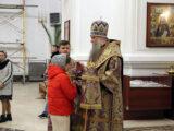 Всенощное бдение в канун Недели Крестопоклонной в Свято-Николаевском кафедральном соборе города Валуйки