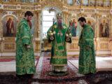 В праздник Входа Господня в Иерусалим епископ Савва совершил Божественную литургию в Свято-Николаевском кафедральном соборе г. Валуйки