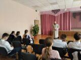 Священник посетил Николаевскую среднюю общеобразовательную школу