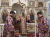 Преосвященнейший епископ Валуйский и Алексеевский Савва совершил Божественную Литургию в храме святой великомученицы Параскевы Пятницы с. Пятницкое