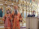 В Неделю 3-ю по Пасхе, святых жен-мироносиц, епископ Савва совершил Божественную литургию в Свято-Николаевском кафедральном соборе г. Валуйки