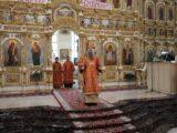 Епископ Савва совершил Божественную литургию в Свято-Николаевском кафедральном соборе г. Валуйки