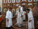 В праздник Радоницы Преосвященнейший епископ Савва совершил Божественную Литургию в храме святителя Николая Чудотворца г. Валуйки