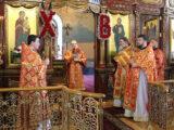 Во вторник Светлой седмицы епископ Валуйский и Алексеевский Савва совершил Божественную Литургию в Свято-Троицком кафедральном соборе г. Алексеевка