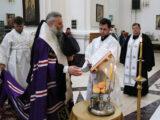 В канун праздника Вознесения Господня Преосвященнейший епископ Савва совершил всенощное бдение в Свято-Николаевском кафедральном соборе города Валуйки