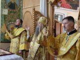 Епископ Савва совершил Божественную Литургию в храме святителя Николая Чудотворца города Валуйки