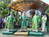 Епископ Савва принял участие в торжественном соборном богослужении в Свято-Троицком Холковском монастыре