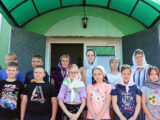 В День Святого Духа учащиеся пришкольного летнего лагеря посетили церковь