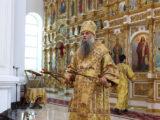 Епископ Савва совершил Божественную Литургию в Свято-Николаевском кафедральном соборе города Валуйки