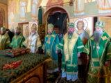 Преосвященнейший епископ Савва принял участие в соборном богослужении в Свято-Никольском храме поселка Ракитное