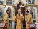 Епископ Савва совершил Божественную Литургию в храме Успения Пресвятой Богородицы посёлка Волоконовка