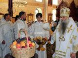 В праздник Преображения Господня Преосвященнейший епископ Савва совершил Божественную Литургию в Свято-Троицком кафедральном соборе города Алексеевка