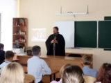 Настоятель Покровского храма с. Иловка провел открытый урок, посвященный прошедшему Дню трезвости