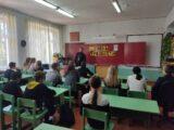 Священник провел беседу со старшеклассниками в Ютановской СОШ