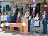 Священнослужители Волоконовского благочиния посетили школы в праздник Дня знаний