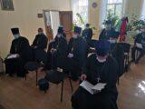 В здании епархиального управления Валуйской епархии состоялось собрание благочинных и руководителей отделов