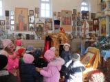 Воспитанники детского сада «Колокольчик» посетили храм Рождества Пресвятой Богородицы села Фощеватово